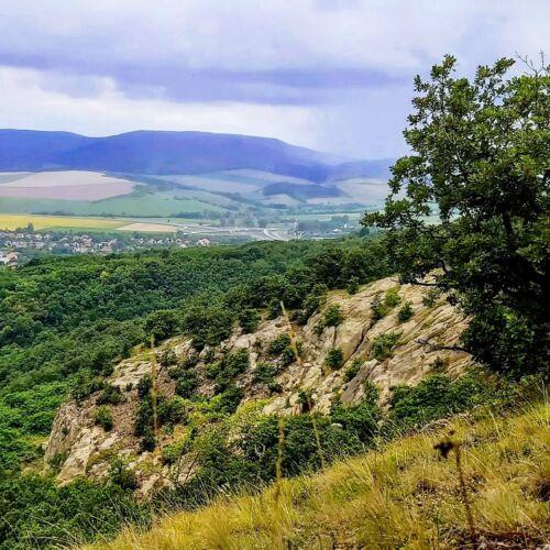 Fehérkő-bánya   Tar