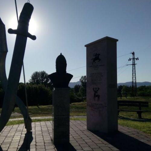Atilla nagykirály emlékhely | Dunakeszi