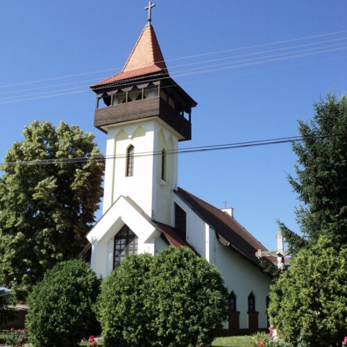 Egyházaskozári Szent István király templom   Egyházaskozár