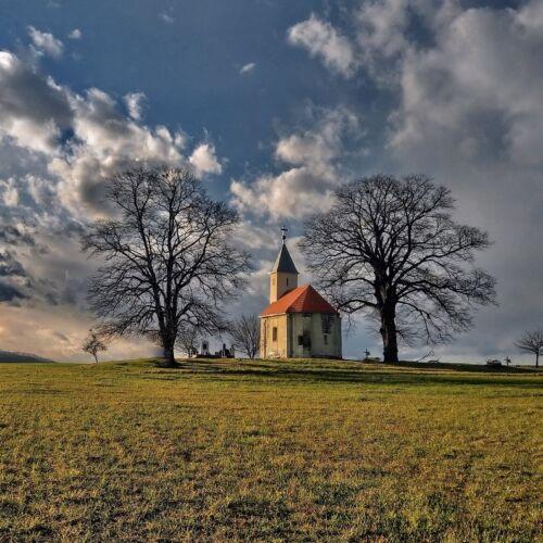 Szent Ilona kápolna   Teskánd
