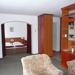 Apartament cu balcon cu vedere spre gradina cu 2 camere pentru 3 pers. (se poate solicita pat suplimentar)