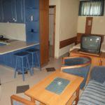 Földszinti saját konyhával négyágyas szoba (pótágyazható)