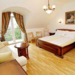 Camera dubla familial(a) cu cada (se poate solicita pat suplimentar)