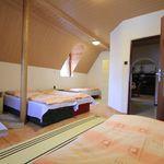Emeleti ötágyas szoba Közös konyhával