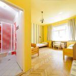 Izba s kúpeľňou pre 3 os. na poschodí