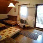 Emeleti Family négyágyas szoba (pótágyazható)