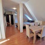 Apartman s galérií pro 4 os. s 1 ložnicí v podkroví (s možností přistýlky)
