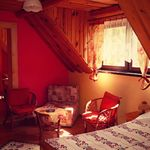 Camera cvadrupla cu balcon cu vedere spre munte