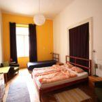 Camera dubla tourist cu vedere spre oras (se poate solicita pat suplimentar)
