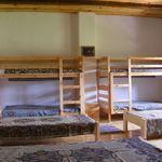 Kertre néző hétágyas szoba (pótágyazható)