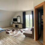 Panorámás Superior franciaágyas szoba (pótágyazható)
