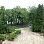 Camera tripla la etaj cu vedere spre lac