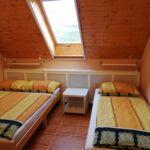 Síkképernyős tv légkondicionált franciaágyas szoba (pótágyazható)