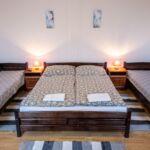 Na katu Sa kupaonicom soba sa 4 kreveta(om) (za 4 osoba(e))