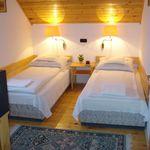 Emeleti Standard kétágyas szoba (pótágyazható)