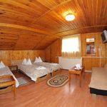 Tetőtéri Tourist háromágyas szoba