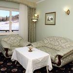 Двухкомнатный 4-местный люкс с видом на горы с балконом (с доп. местом)