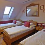 Camera tripla cu aer conditionat