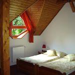 Camera twin cu grup sanitar (se poate solicita pat suplimentar)