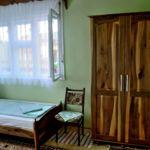 Camera twin cu baie comuna (se poate solicita pat suplimentar)
