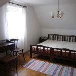 Kertre néző földszinti hatágyas szoba (pótágyazható)