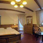 Balkonos Junior franciaágyas szoba