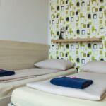 Camera twin cu grup sanitar cu panorama