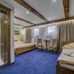 Dreibettzimmer mit Aussicht auf die Berge (Zusatzbett möglich)