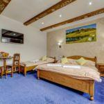 Vierbettzimmer mit Aussicht auf die Berge (Zusatzbett möglich)