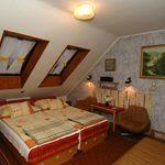 Pokoj s koupelnou pro 3 os. v podkroví