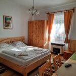 Földszintes saját konyhával 2 fős apartman 1 hálótérrel (pótágyazható)