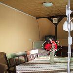 Közös fürdőszobás teraszos négyágyas szoba
