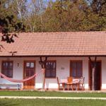 Teljes ház balkonos 3 fős parasztház (pótágyazható)