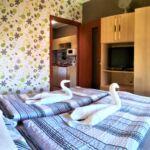 Apartament confort la mansarda cu 2 camere pentru 4 pers.