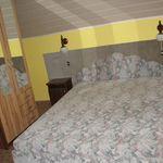 Balkonos fürdőszobás franciaágyas szoba (pótágyazható)