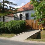 Erdőre néző teljes ház 6 fős parasztház (pótágyazható)