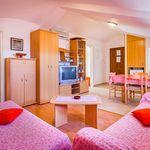 Mansarda A11 apartman za 5 osoba(e) sa 2 spavaće(om) sobe(om)