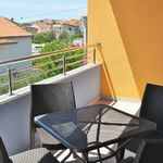 Upstairs 2-Room Apartment for 5 Persons