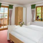 2-Zimmer-Apartment für 4 Personen mit Balkon und Eigener Küche (Zusatzbett möglich)