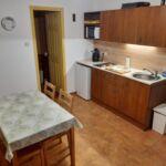 Fürdőkádas saját konyhával 4 fős apartman 1 hálótérrel