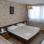 Sea View 2-Room Air Conditioned Apartment for 4 Persons