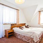 Hegyekre néző emeleti 4 fős apartman 1 hálótérrel (pótágyazható)