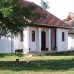 Whole House Exclusive Farmhouse for 7 Persons (extra beds available)
