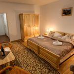 Komfort franciaágyas szoba (pótágyazható)