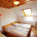 Hegyekre néző emeleti kétágyas szoba (pótágyazható)