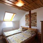 Hegyekre néző emeleti kétágyas szoba