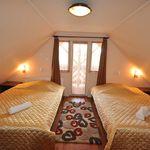 Tetőtéri erkélyes négyágyas szoba