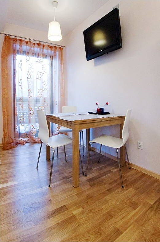 Apartamenty Nosal Residence Zakopane  Nocleg. Leonardo Hotel Weimar. Silks Place Yilan Hotel. The Great Danes Country Inn By The Green Hotel. Crowne Plaza Eilat Hotel. Beachside Apartments Bonbeach. Romantik Hotel Kaufmannshof. Elite Stadshotellet. Hotel Aquarius SPA