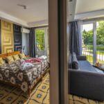 Kertre néző balkonos háromágyas szoba