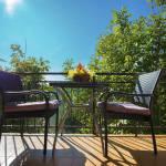 Camera tripla cu balcon cu aer conditionat